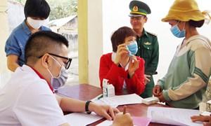 """Bệnh viện Phụ sản Hà Nội """"Đồng hành cùng phụ nữ biên cương"""" tại Kon Tum"""