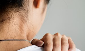 Cách điều trị đau lưng hiệu quả khi mang thai