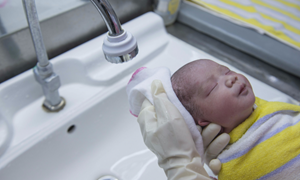 Bệnh viện Phụ sản Hà Nội phát triển dịch vụ chăm sóc sức khỏe sau sinh tại nhà