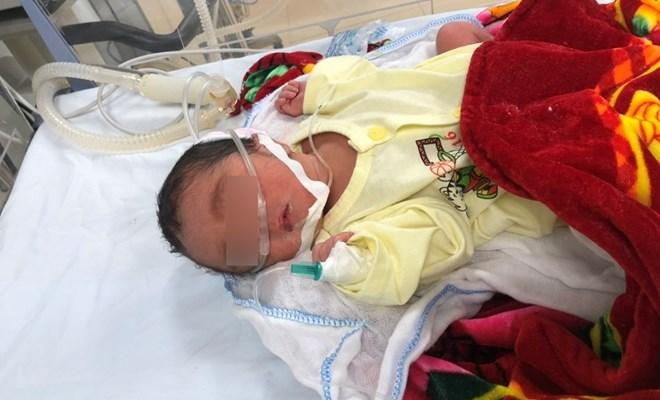 Truyền ối giúp thai phụ hiếm muộn giữ được con