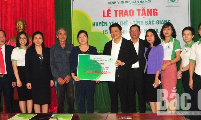 Hơn 1 tỷ đồng hỗ trợ xây nhà nhân ái cho hộ nghèo tại huyện Yên Thế