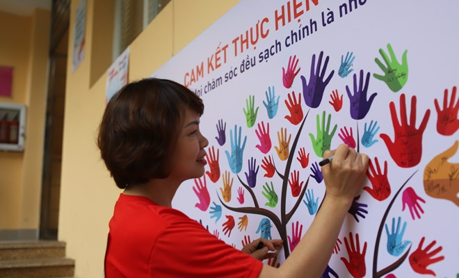 Lễ phát động vệ sinh bàn tay và trao thưởng cuộc thi Tìm hiểu phòng ngừa chuẩn và kiểm soát nhiễm khuẩn