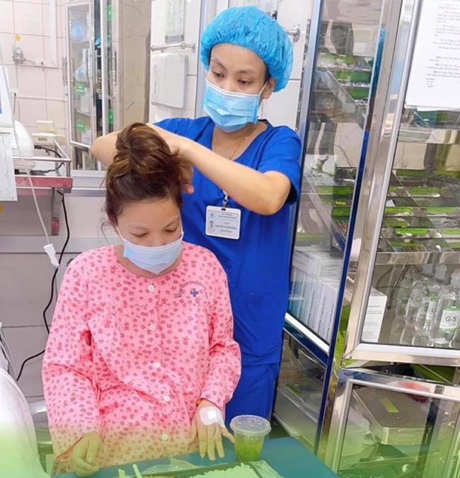 Những thứ mẹ bầu cần mang khi đi sinh con tại Bệnh viện Phụ sản Hà Nội mùa dịch   - Ảnh 1.