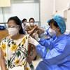 Bệnh viện Phụ Sản Hà Nội phối hợp với quận Hoàn Kiếm tiêm vaccine Covid-19 cho hơn 200 thai phụ