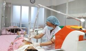 Triển khai dịch vụ chiếu tia Plasma cho bệnh nhân ngoại trú tại khoa Khám Phụ khoa tự nguyện